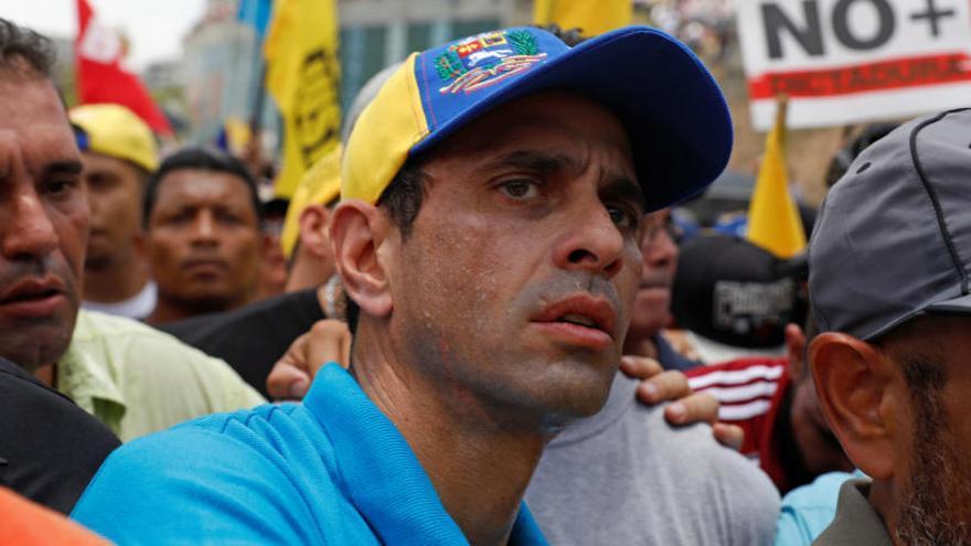 Capriles denuncia haber sido inhabilitado durante 15 años