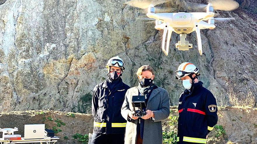 Los bomberos de Oviedo vuelan alto