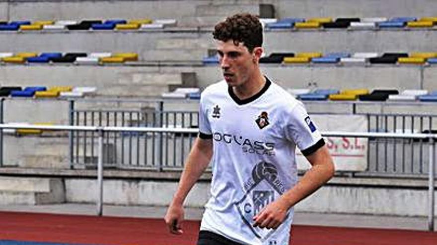 El Marino ficha al mediapunta ovetense de 22 años Diego Díaz