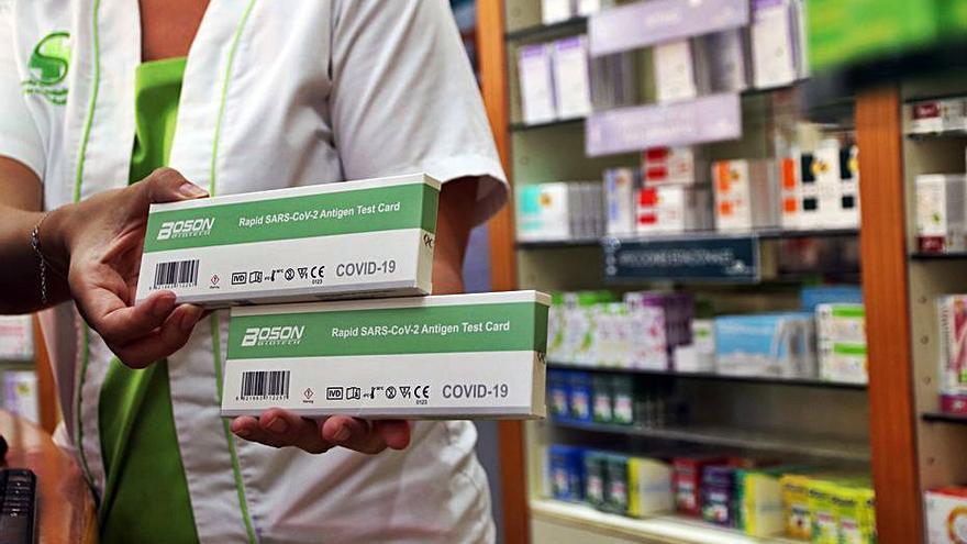 Las farmacias andaluzas venden más de 207.000 test en una semana