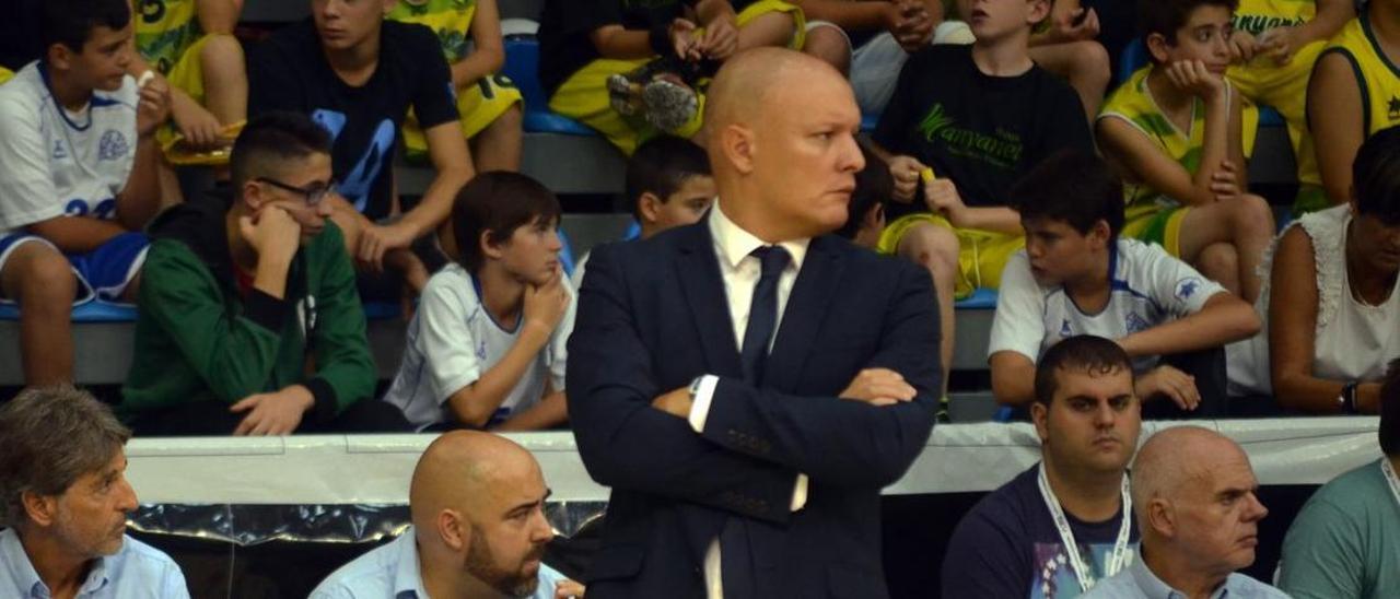 Arturo Álvarez, entrenador del Palencia