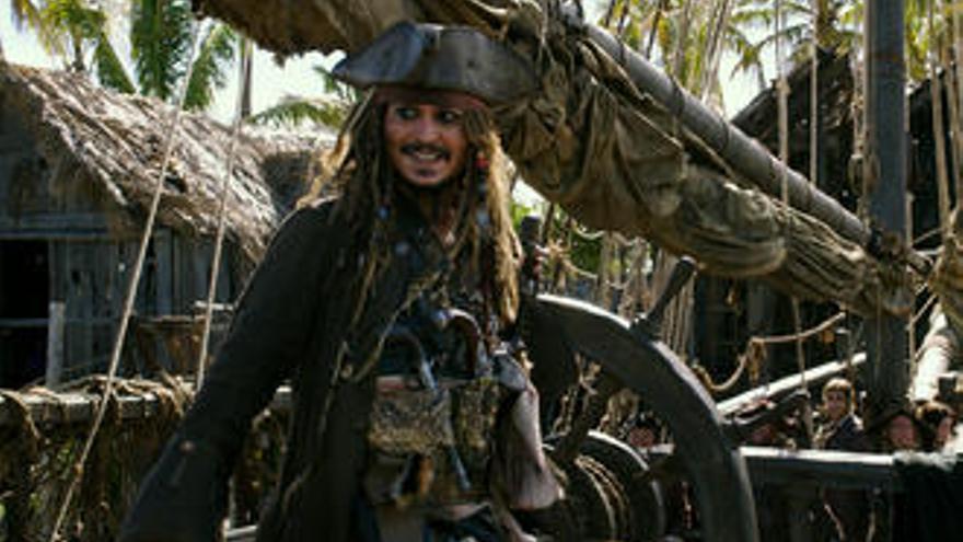 """""""Piratas del Caribe"""": Retorn al passat"""