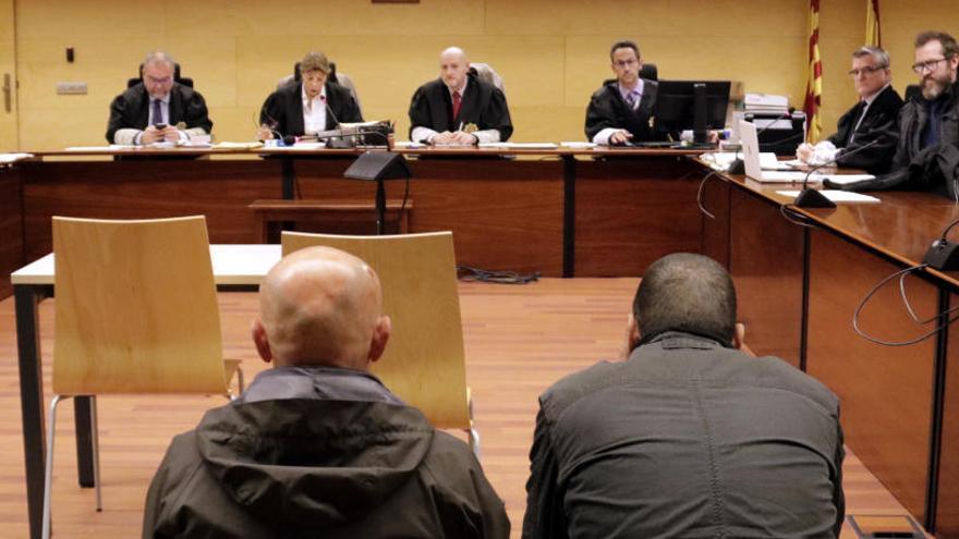 Jutgen dos acusats de segrestar una veïna de Girona durant sis hores