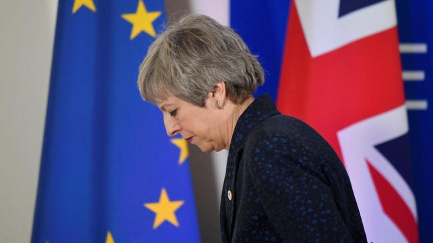 La UE ofrece una prórroga si Londres aprueba el pacto