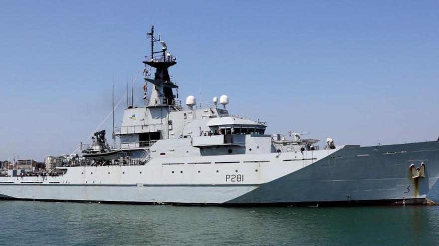 Londres prepara a la Marina para detener barcos pesqueros de la UE si no hay acuerdo sobre el Brexit