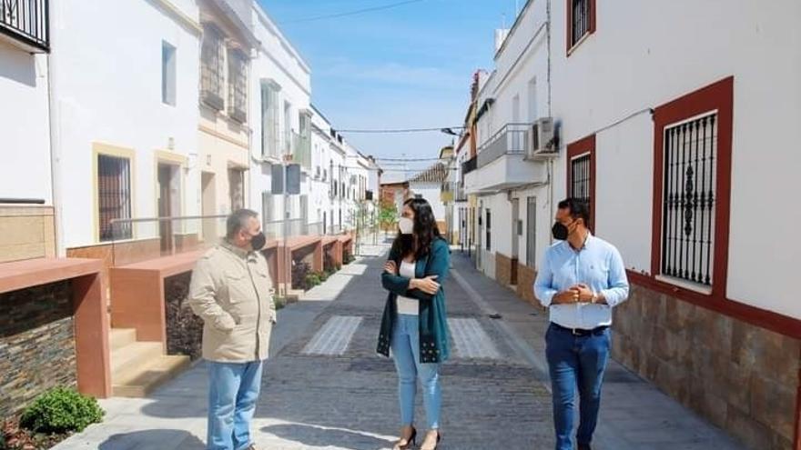 Culminan las obras de mejora urbanística de la calle Altozano de El Carpio