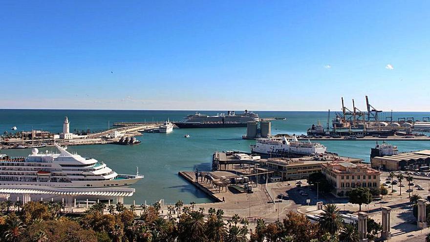 El PSOE valora la remodelación de las instalaciones de la policía portuaria de Málaga