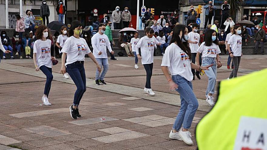 Flashmob en El Náutico contra el sida en el Congo
