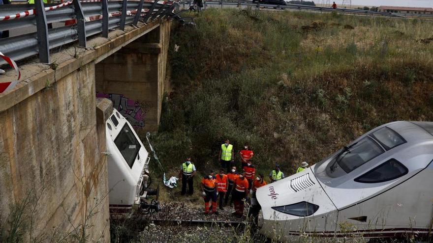 Vecinos de Palacios vieron la valla rota del viaducto, al menos, una hora antes del accidente