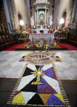 Misa y procesión claustral del Corpus de La Orotava
