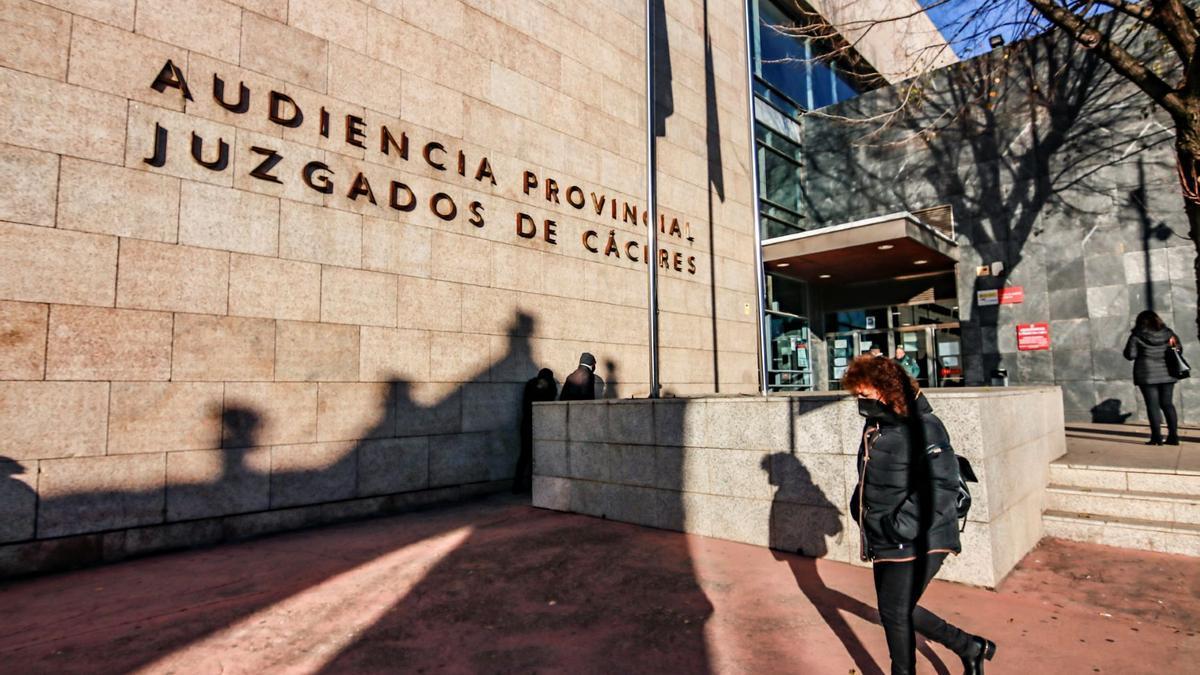 Una imagen de los juzgados de Cáceres.