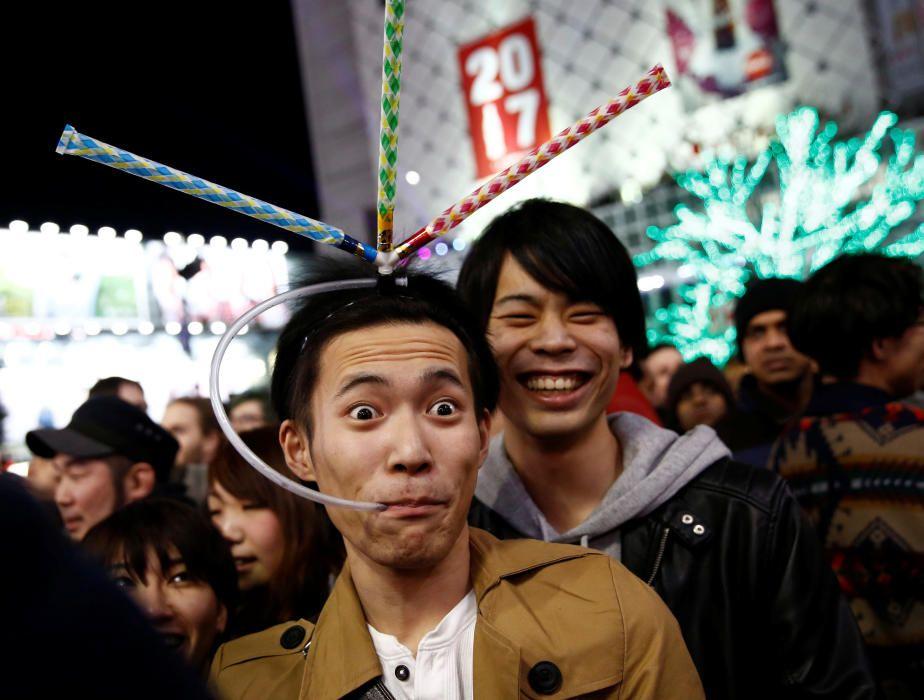 Celebración de Año Nuevo en Tokio, Japón.