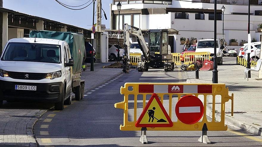 Restauradores de Illetes denuncian los perjuicios de una obra municipal
