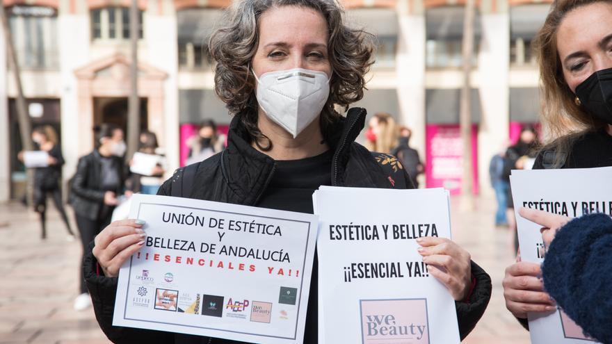 Los salones de belleza estiman el cierre de 2.800 negocios en Andalucía a final de 2021