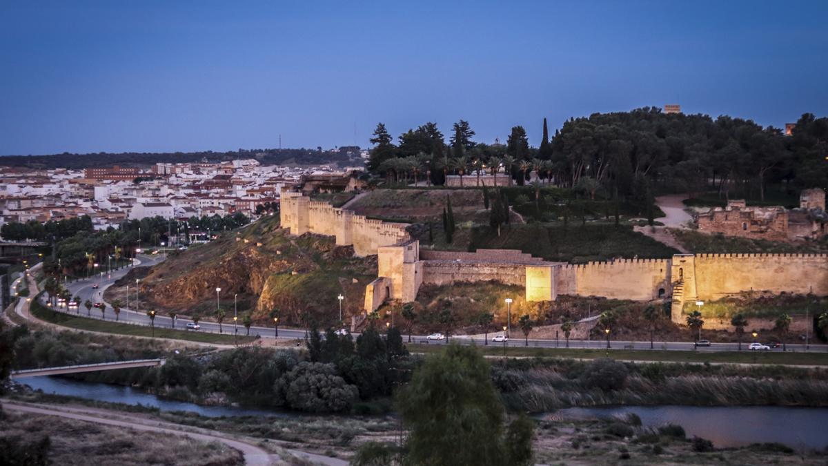 Vista de la alcazaba de Badajoz.