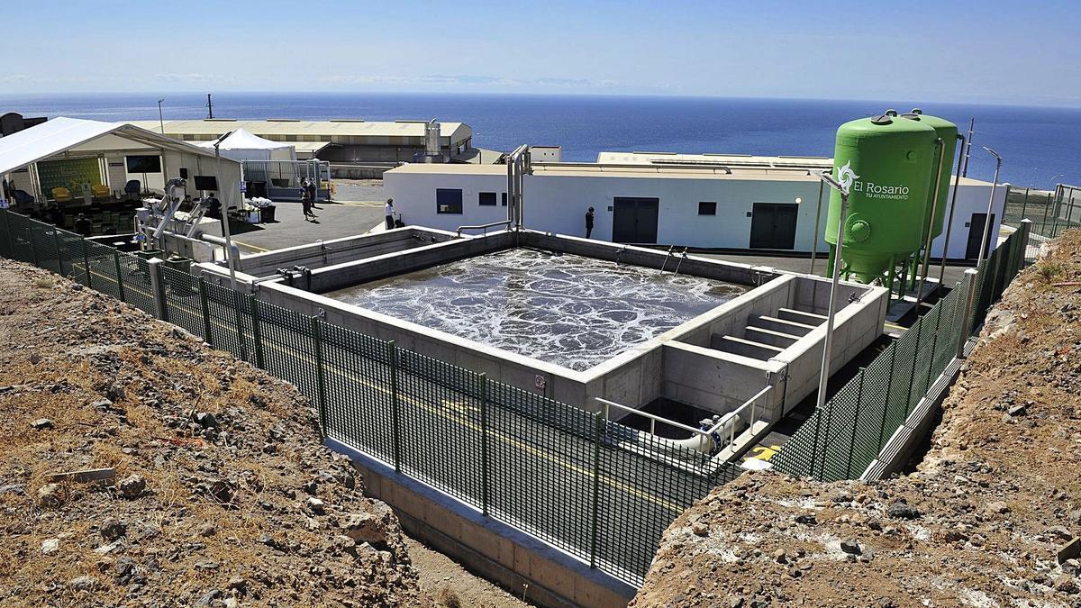 Estación Depuradora de Aguas Residuales Industriales en el Polígono de La Campana, en el municipio de El Rosario.