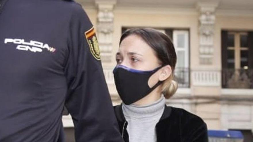 La acusada de matar al hijo de su pareja en Alicante aduce que se atragantó con jamón