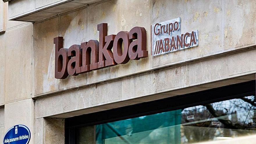 Abanca completa la integración de imagen de la red de Bankoa