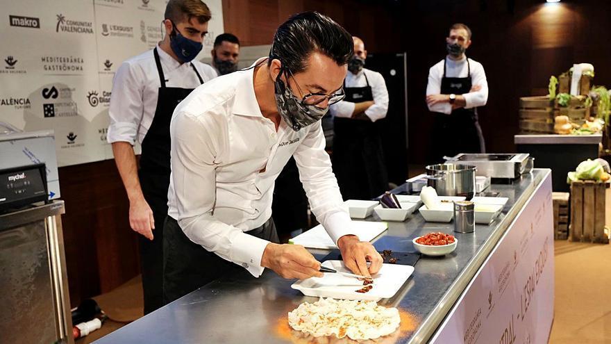 Dacosta inaugura Gastrónoma  con un homenaje al tomate