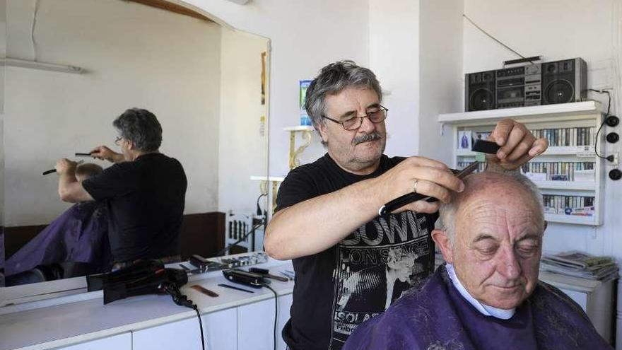 """Antonio Vázquez Villar: """"No es práctico dejarse barba trabajando la tierra, porque es más difícil cuidarla"""""""