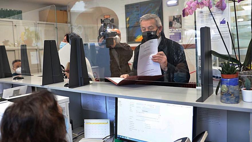 Granda y Villaverde inician la carrera rectoral, en el aire por la pandemia