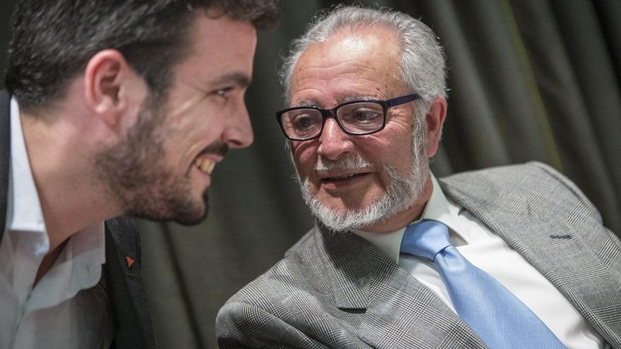 La política nacional y cordobesa recuerda a Julio Anguita en el aniversario de su muerte
