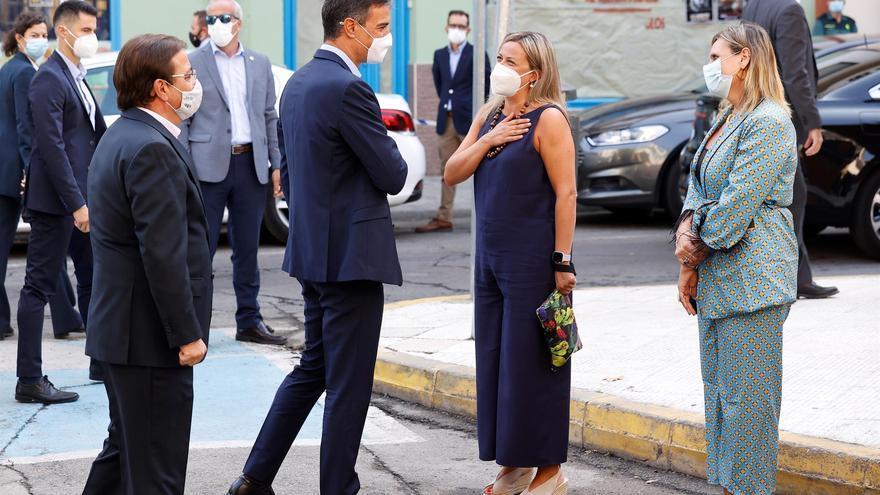 Pedro Sánchez es recibido con abucheos y aplausos en Navalmoral de la Mata