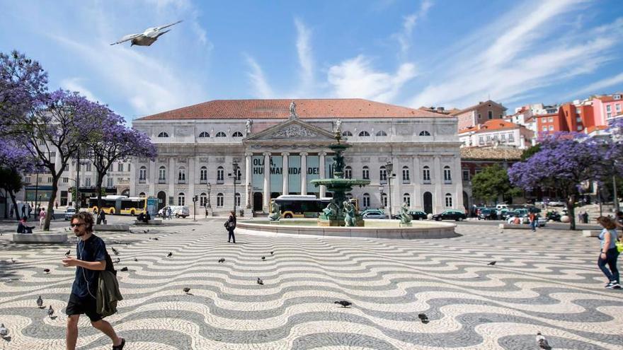 Portugal registra el menor número de fallecidos diarios en más de un mes