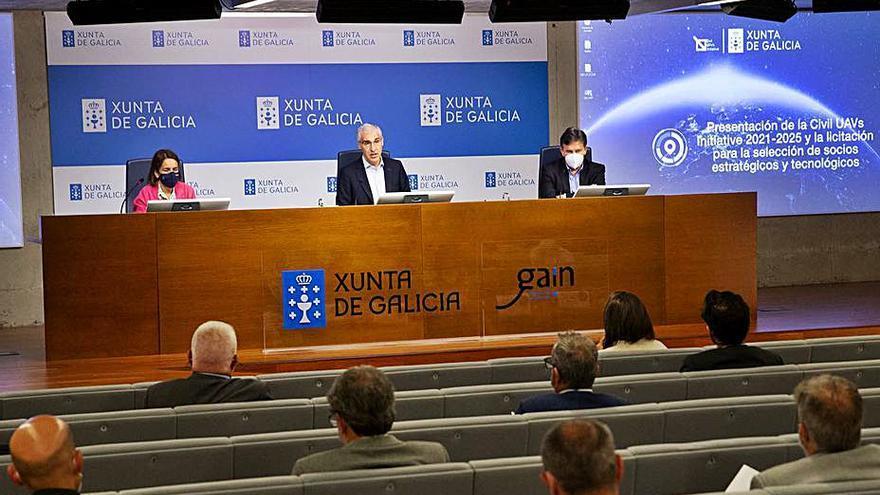 Pistoletazo de salida en la búsqueda de nuevos socios para el Polo Aeroespacial de Galicia, en Rozas