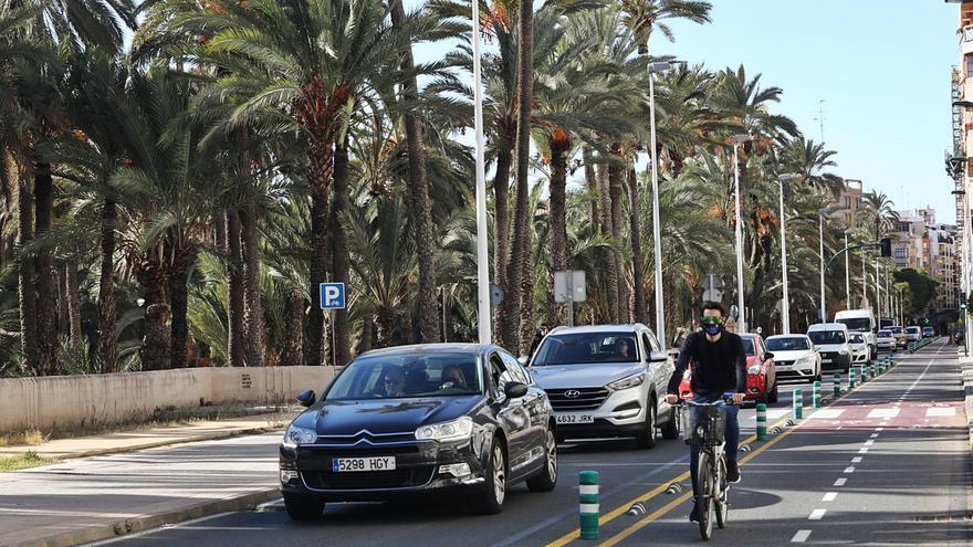La peatonalización del centro de Elche y el carril bici reducen el tráfico en Juan Carlos I un 50%