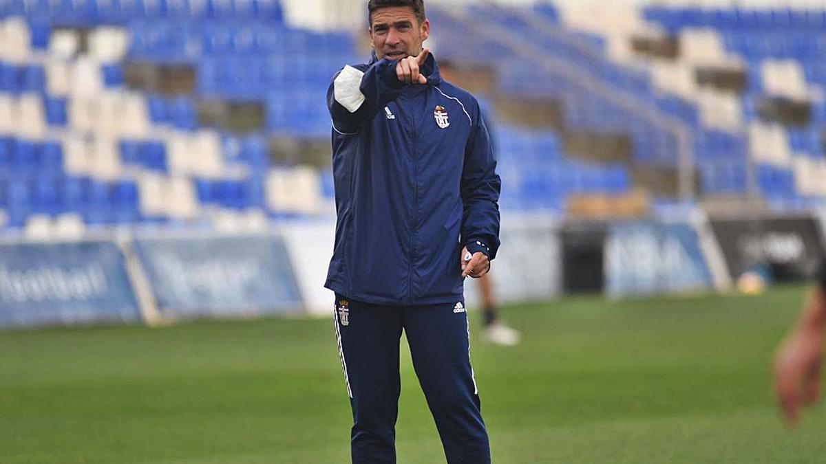 Luis Carrión, en el entrenamiento de ayer.