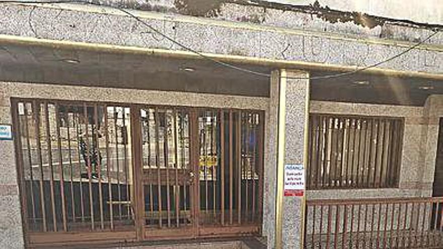 Cursos online ante la falta de oficina bancaria en San Xoán de Río