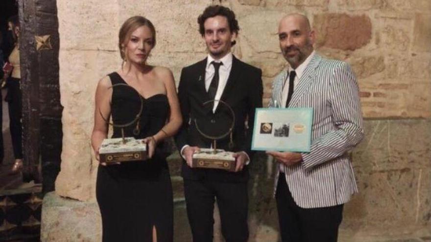 Tres antiguos alumnos de la Escuela de Joyería del SAE destacan en los premios del proyecto Denisova