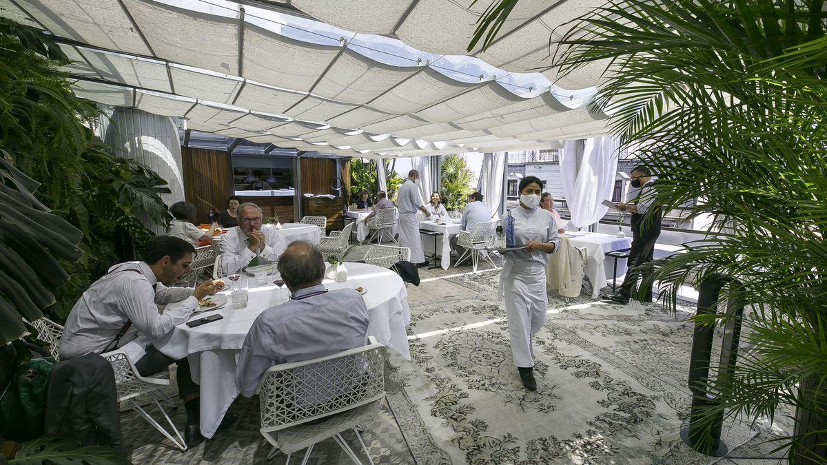 El Supremo avala que los autónomos se deduzcan los gastos de las comidas de negocios.