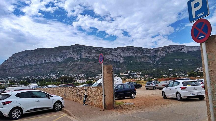 Tres mil plazas para aparcar gratis en Dénia y no meterse en atascos