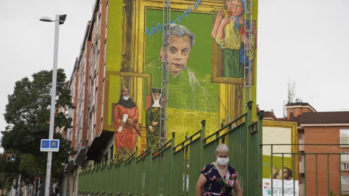 Mural en La Morana en homenaje a Antonio Pedrero.