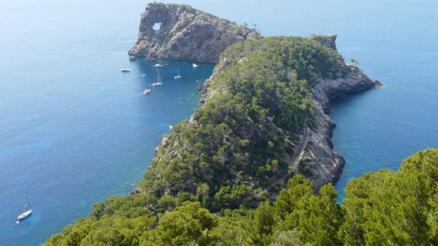 Kletterer stürzt bei Deià 60 Meter in den Tod