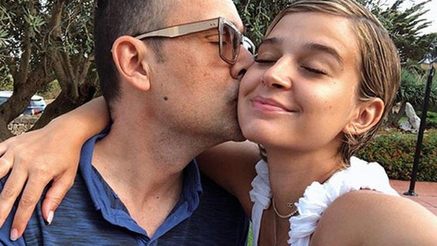 Laura Escanes comparte la primera foto con su hija Roma