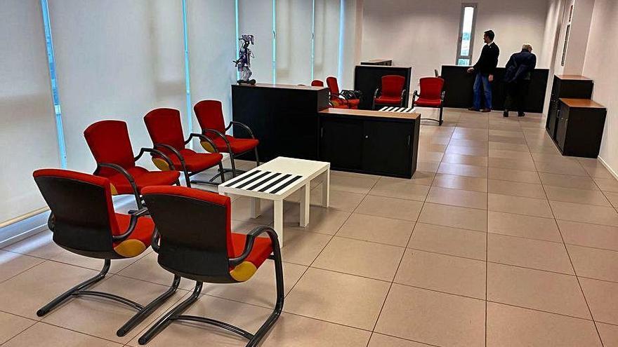La Fundació Sant Vicenç de Paül de Figueres rep  una donació d'ordinadors