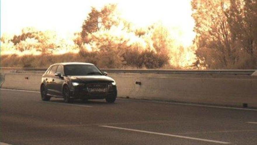 Detingut per circular al doble de la velocitat permesa a l'autopista AP-7, en terme de Vilobí d´Onyar