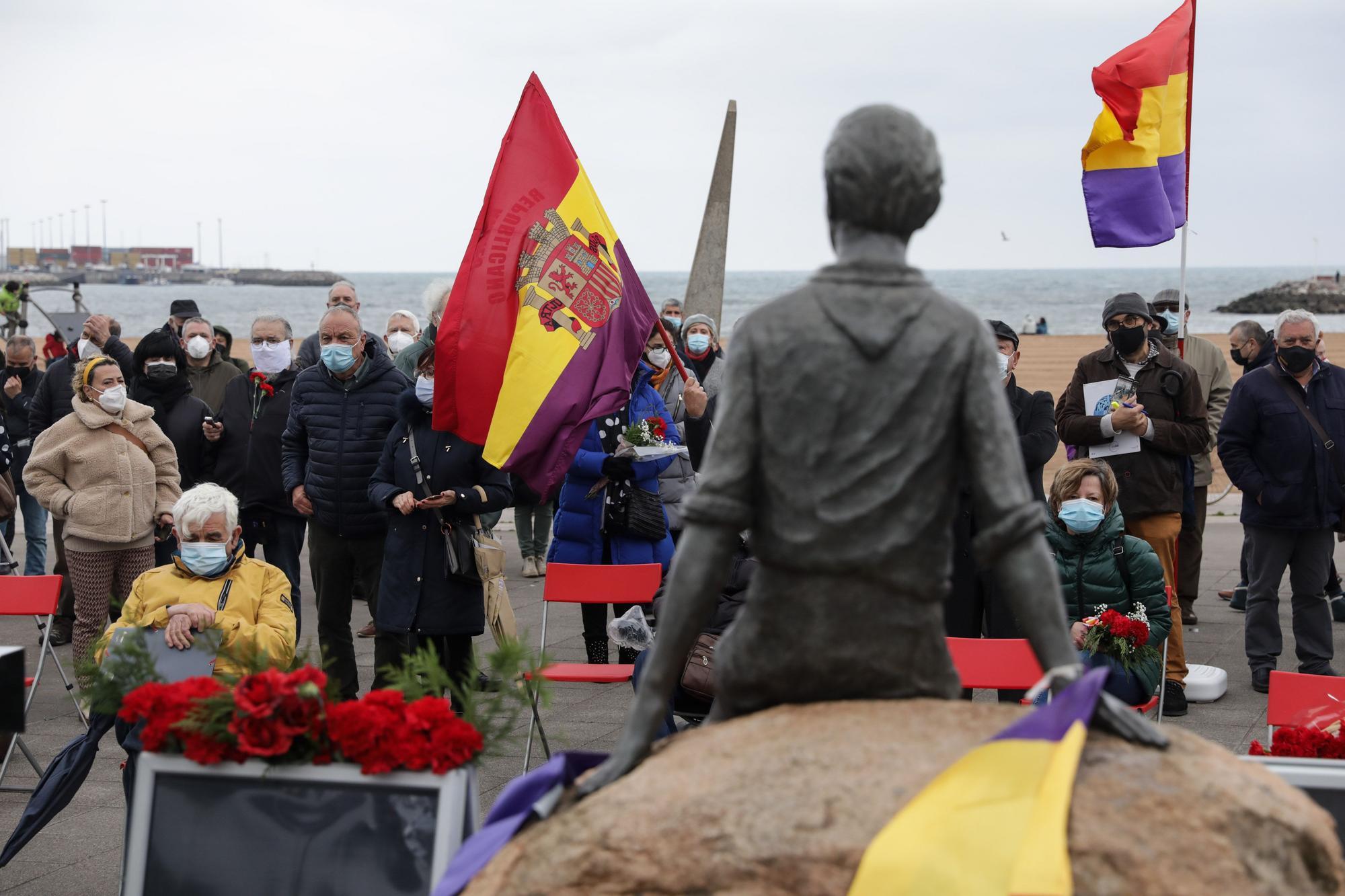 Homenaje en El Arbeyal a Araceli Ruiz, ni�a de la guerra (6).jpg