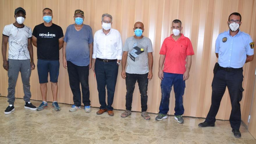 Albal contrata a seis personas para limpiar sus barrancos