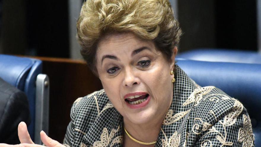 La Justicia confirma a Rousseff que puede ser candidata al Senado