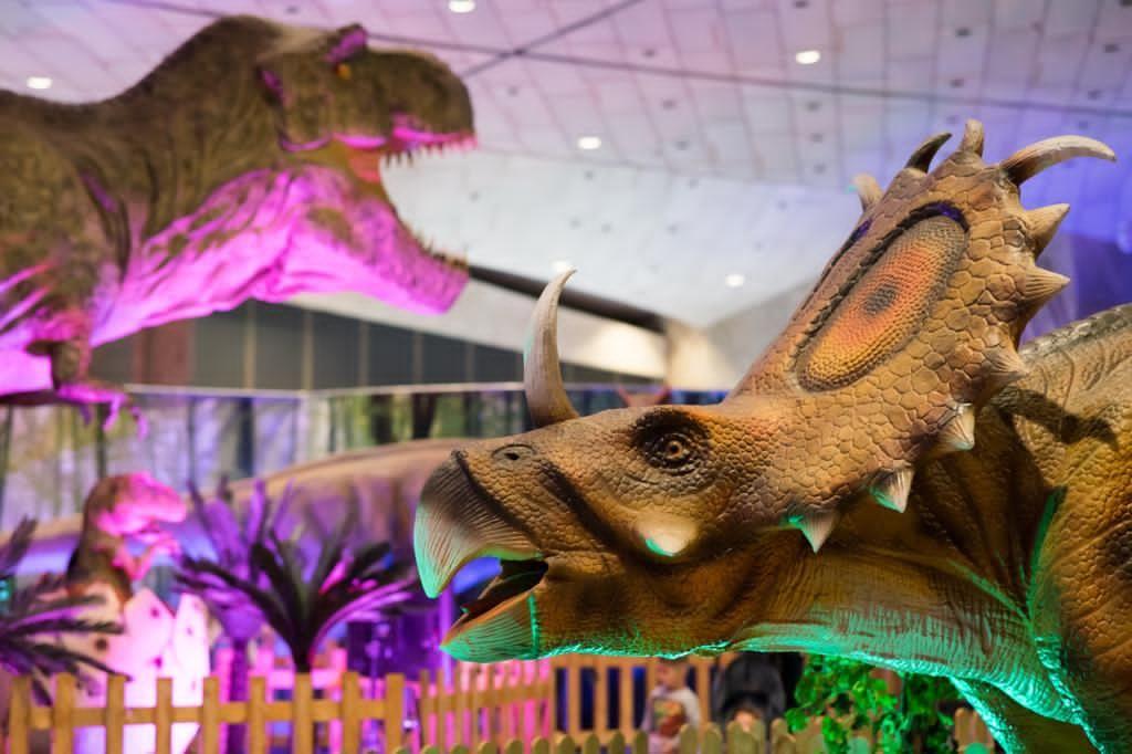 Apasionante viaje a la historia de nuestro planeta (Mundo Dinosaurio)