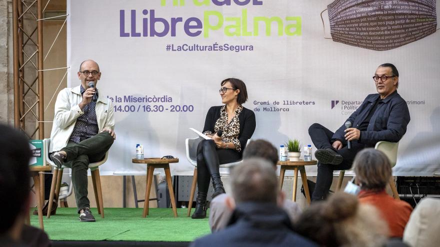 'La mar rodona' y 'Reis del món' optan al Premi Òmnium a mejor novela del año
