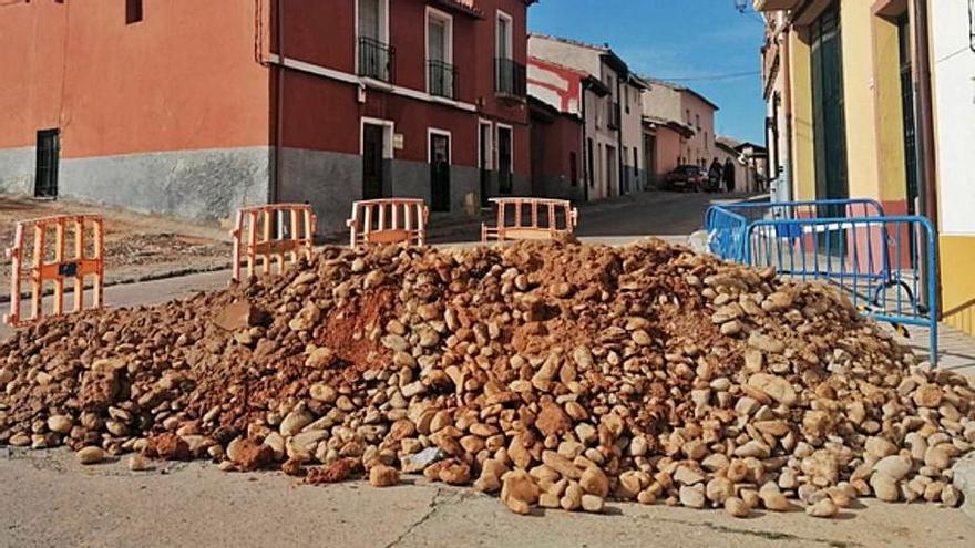 Toro extiende el plan de sustitución de tuberías de fibrocemento a varias calles