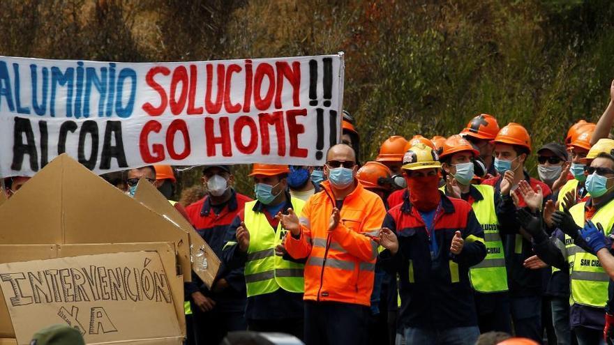 Alcoa sigue con el ERE pese al plan de viabilidad propuesto por Industria