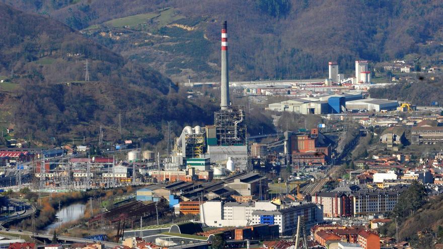 """UGT y CC OO exigen que se use el """"suelo industrial baldío"""" del valle del Nalón"""