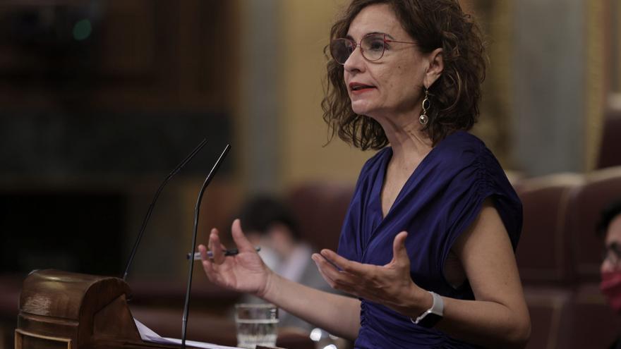 El Gobierno apuesta por la armonización fiscal pero descarta un impuesto para Madrid