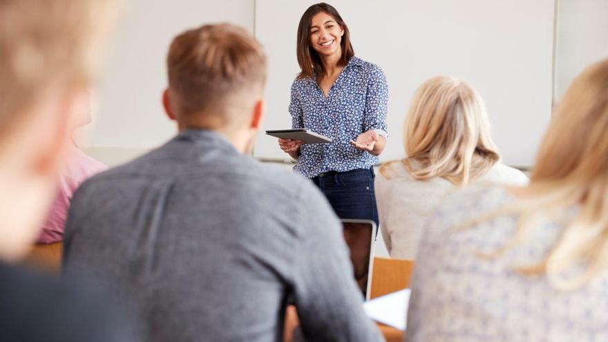 Un total de 45 parados participan en cuatro cursos de formación